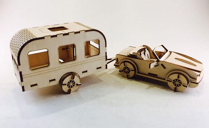 Автомобиль с прицепом