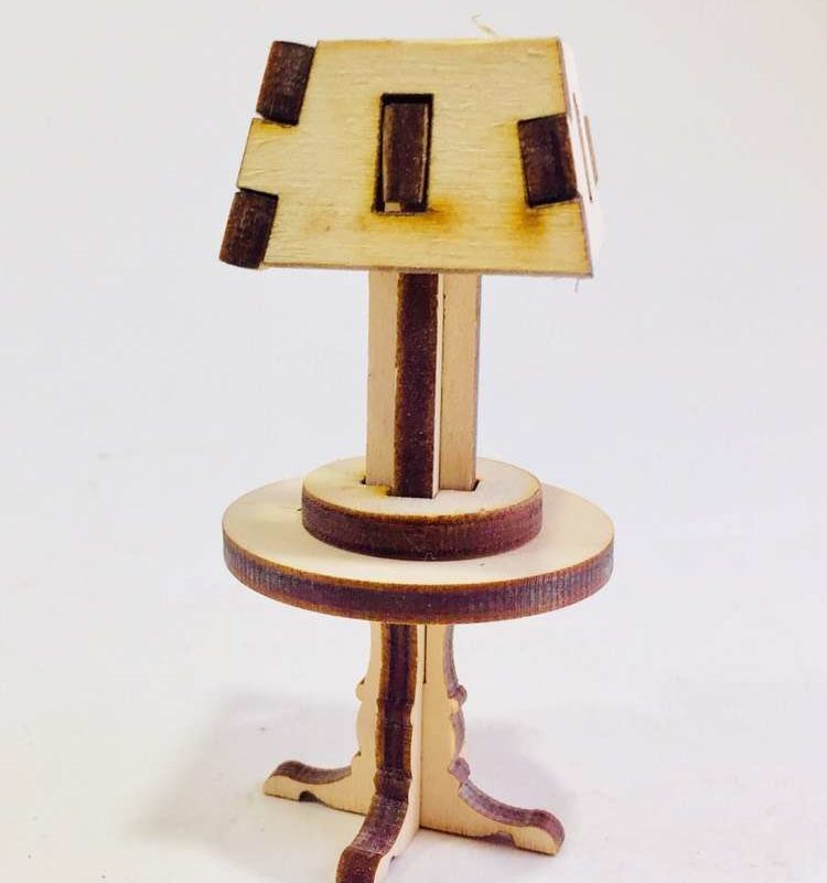 Столик с лампой 5402